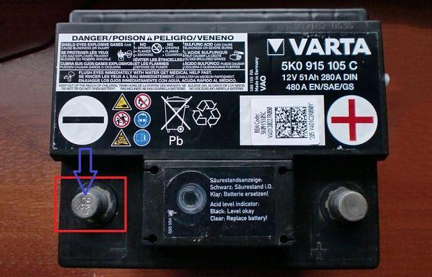 date sur borne de batterie