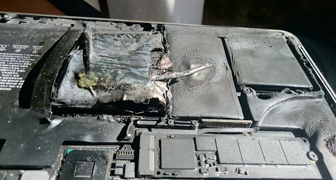 Batterie de téléphone brûlée